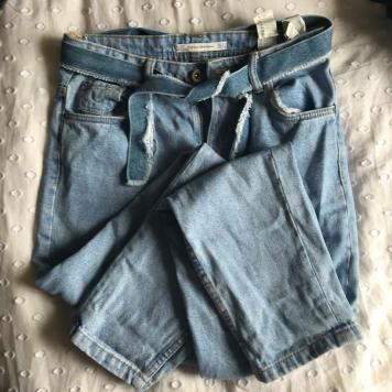 53476df4838568 BEAUTIFUL blue boyfriend jeans from Zara. I bought these I believe early  last year. They re amazing