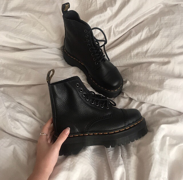 My Dr Martens Collection & Blogosphere Awards2020